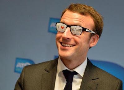 Macron_ridicule